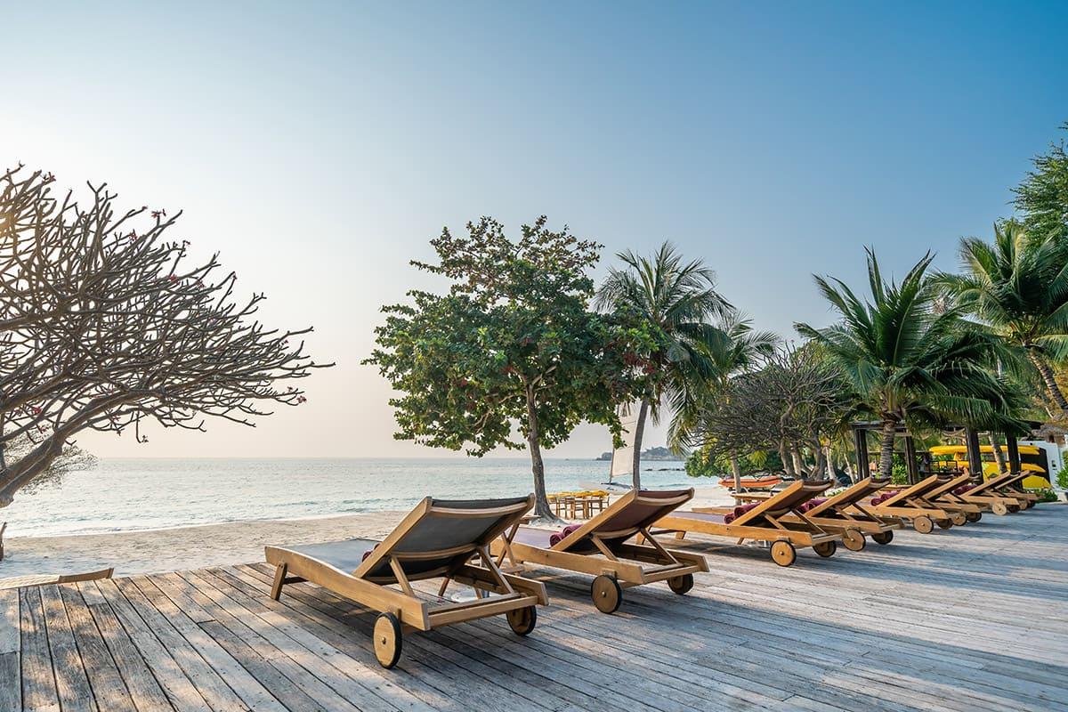 Samed Resorts Paradee Resort Hotel Official Website On Ao Kiew Beach Samet Island Thailand